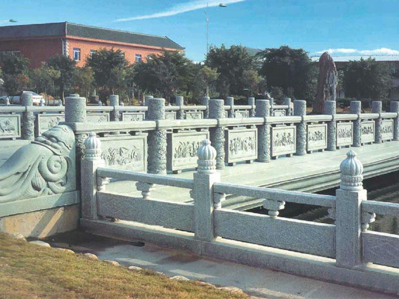 石榴头石栏杆